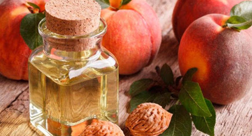 5 лучших свойств масла персиковых косточек для ресниц