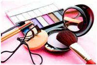 dekorativnaja-kosmetika