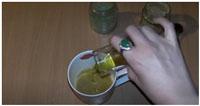 dobavlenie-v-smes-olivkovogo-masla
