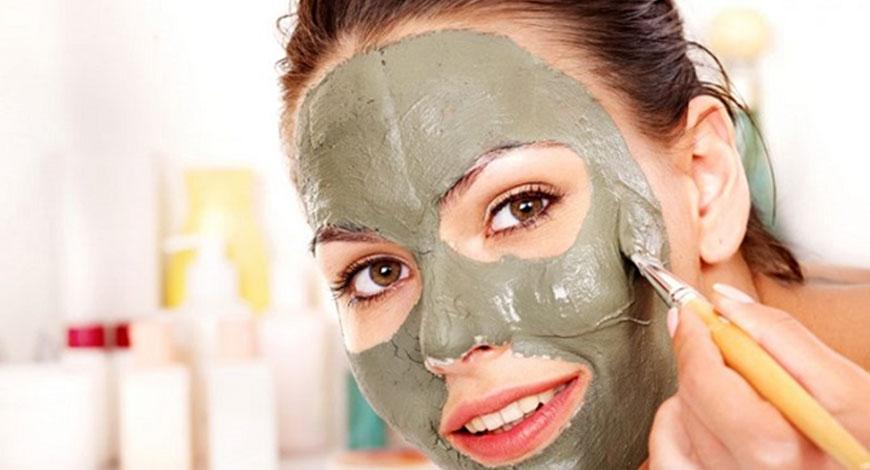 5 масок для лица с успокаивающим и противовоспалительным эффектом