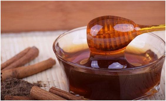 naturalnyj-med-iz-koriandra