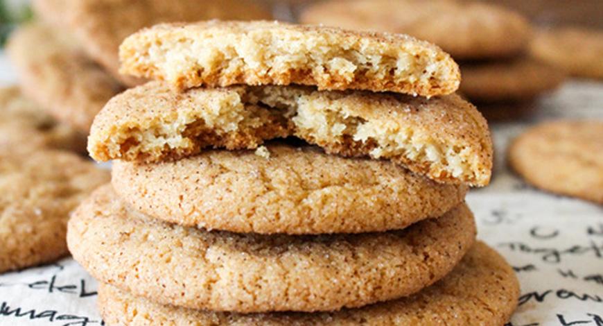4 шага к приготовлению сыроедческого печенья из миндального жмыха