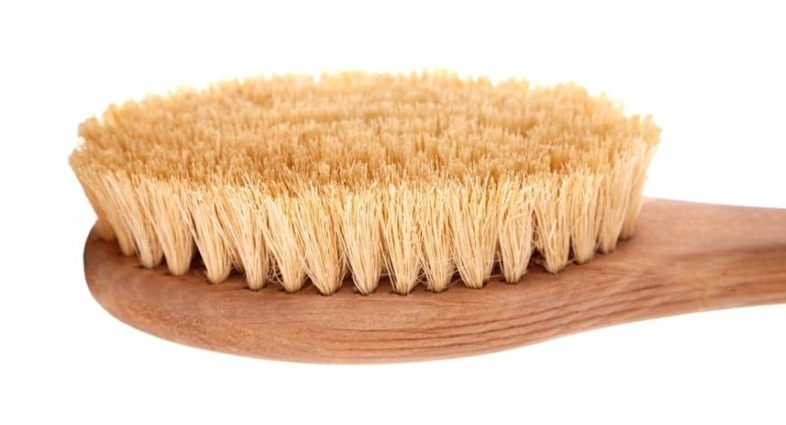 5 этапов использования щетки для сухого массажа с натуральной щетиной
