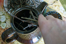 Завариваем чай из листьев смородины